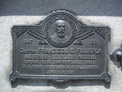 Plaque in Recoleta Cemetery