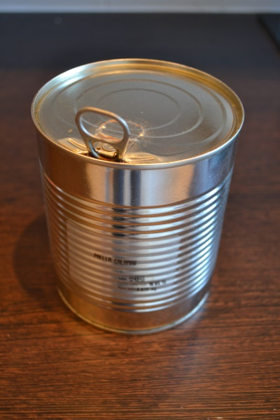 Paella in a tin